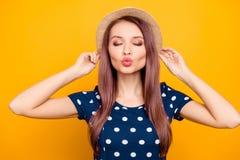 Portret seksowna, ładna, urocza, ładna, urocza kobieta w polce, Zdjęcia Stock