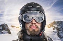 Portret snowboarder w mroźnym środowisku Obraz Royalty Free