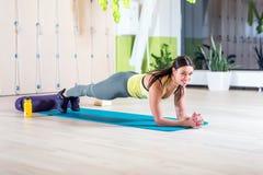 Portret sprawność fizyczna trenuje sportowej sporty kobiety Fotografia Stock