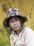 Portret sprzedawca uliczny w Vietnam Obrazy Royalty Free