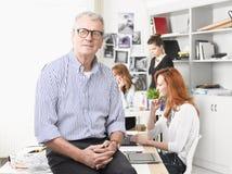 Portret starszy projektant grafik komputerowych Zdjęcie Royalty Free