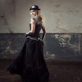 Portret steampunk kobieta nad grunge tłem Piękna dama w Wiktoriańskim stylu Zdjęcia Stock