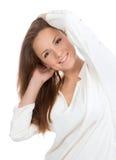 Portret szczęśliwa piękna kobieta uśmiecha się i Zdjęcia Stock