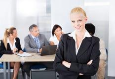 Portret Szczęśliwy bizneswoman fotografia stock