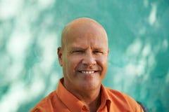 Portret szczęśliwy dojrzały latynoski mężczyzna zdjęcie royalty free