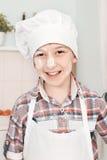 Portret szczęśliwy mały szef kuchni Zdjęcie Stock