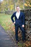 Portret szczęśliwy w średnim wieku biznesmen Fotografia Royalty Free