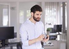 portret tło biznesmena bieli odizolowanych young Zdjęcia Stock