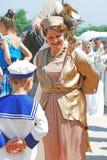Portret tanczyć uśmiechniętej kobiety Obrazy Royalty Free