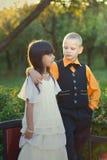 Portret troszkę chłopiec i dziewczyny para Zdjęcia Stock
