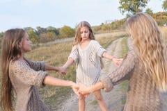 Portret trzy dziewczyny Zdjęcia Stock