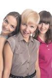 Portret Trzy młodej damy z zębów brasami Wpólnie Obrazy Royalty Free