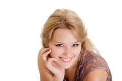 Portret uśmiechnięta młoda blondynki kobieta zdjęcia stock