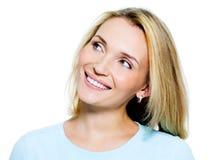 Portret uśmiechnięta myśląca kobieta fotografia stock