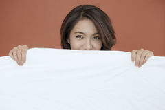 Portret uśmiechnięta oko młoda dama Zdjęcie Royalty Free
