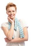Portret ufny krótkiego włosy kobiety ono uśmiecha się Fotografia Stock