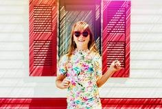 Portret van aanbiddelijk meisje Stock Foto's