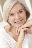 Portret van Aantrekkelijke Hogere Vrouw Stock Afbeeldingen