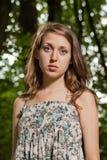 Portret van aantrekkelijke tiener Stock Afbeelding