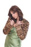 Portret van aantrekkingskrachtvrouw in groene kleding Royalty-vrije Stock Foto