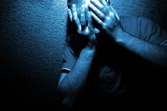 Portret van Angst in Blauw stock afbeeldingen