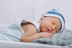 portret van baby van de slaap de onschuldige zuigeling royalty-vrije stock foto's