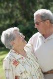 Portret van bejaarde mensen in liefde Royalty-vrije Stock Afbeeldingen