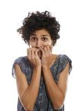 Portret van beklemtoonde vrouw het bijten vingernagel Stock Afbeeldingen