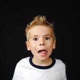Portret van blij weinig jongen Stock Foto's