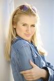 Portret van blond meisje Royalty-vrije Stock Afbeeldingen