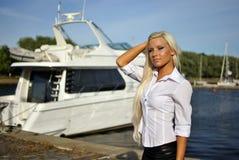 Portret van blonde meisje Royalty-vrije Stock Afbeelding