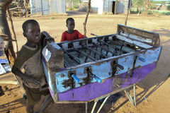 Portret van de Afrikaanse jongen Stock Afbeelding
