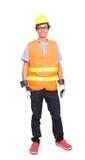 Portret van de Aziatische arbeidersmens die de bouwvakker van het veiligheidsjasje dragen en Royalty-vrije Stock Foto