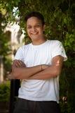 Portret van de jonge glimlachende Indische mens stock fotografie