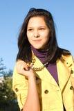 Portret van de jonge glimlachende vrouw Stock Fotografie