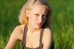 Jonge mooie blond royalty-vrije stock afbeeldingen
