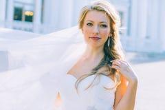 Portret van de jonge mooie bruid Royalty-vrije Stock Fotografie