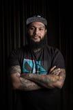 Portret van de mens met tatoegering Royalty-vrije Stock Afbeeldingen