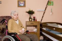 Portret van de oude vrouw. Stock Afbeeldingen