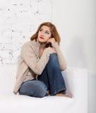 Portret van de redhaired vrouw Stock Foto's
