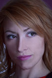 Portret van de redheaded meisjesclose-up Stock Foto
