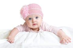 Portret van drie van het aanbiddelijke babymaanden oud meisje die roze hoed dragen Stock Afbeelding
