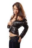 Portret van een aantrekkelijke jonge vrouw in een leerjasje stock fotografie