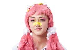 Portret van een Aziatisch meisje in een roze pruik royalty-vrije stock foto's