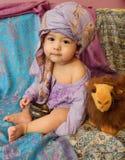 Portret van een babyjongen in het Aziatische binnenland Stock Fotografie