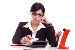 Portret van een bedrijfsvrouw bij haar bureau Stock Foto