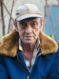 Portret van een bejaarde in openlucht close-up Royalty-vrije Stock Fotografie