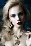 Portret van een blonde vrouw Royalty-vrije Stock Foto's