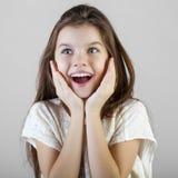 Portret van een charmant donkerbruin meisje Stock Fotografie