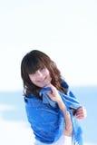 Portret van een gelukkig brunette Royalty-vrije Stock Fotografie
